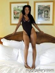 Sexy Hotel Poser