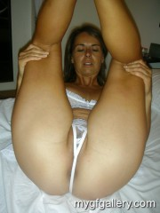 Pretty amateur milf like fuck4