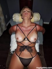 Blonde mature with sexy body