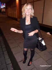 Blonde mature lady with nice body